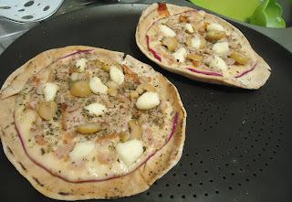 Receita: Pizza de pão árabe
