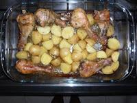 Coxa de Frango Assada com Batatas