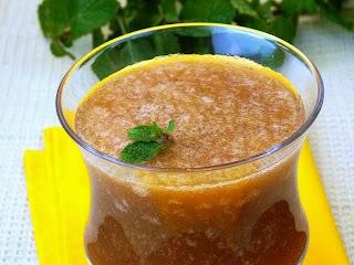 Suco de Maçã com Morango e Hortelã (vegana)