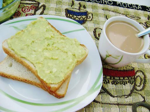 Patê de abacate / Estrogonofe rápido