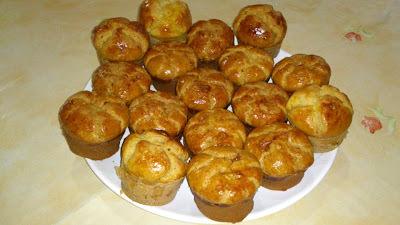 Pãozinho de grão de bico feito em forminhas de muffins