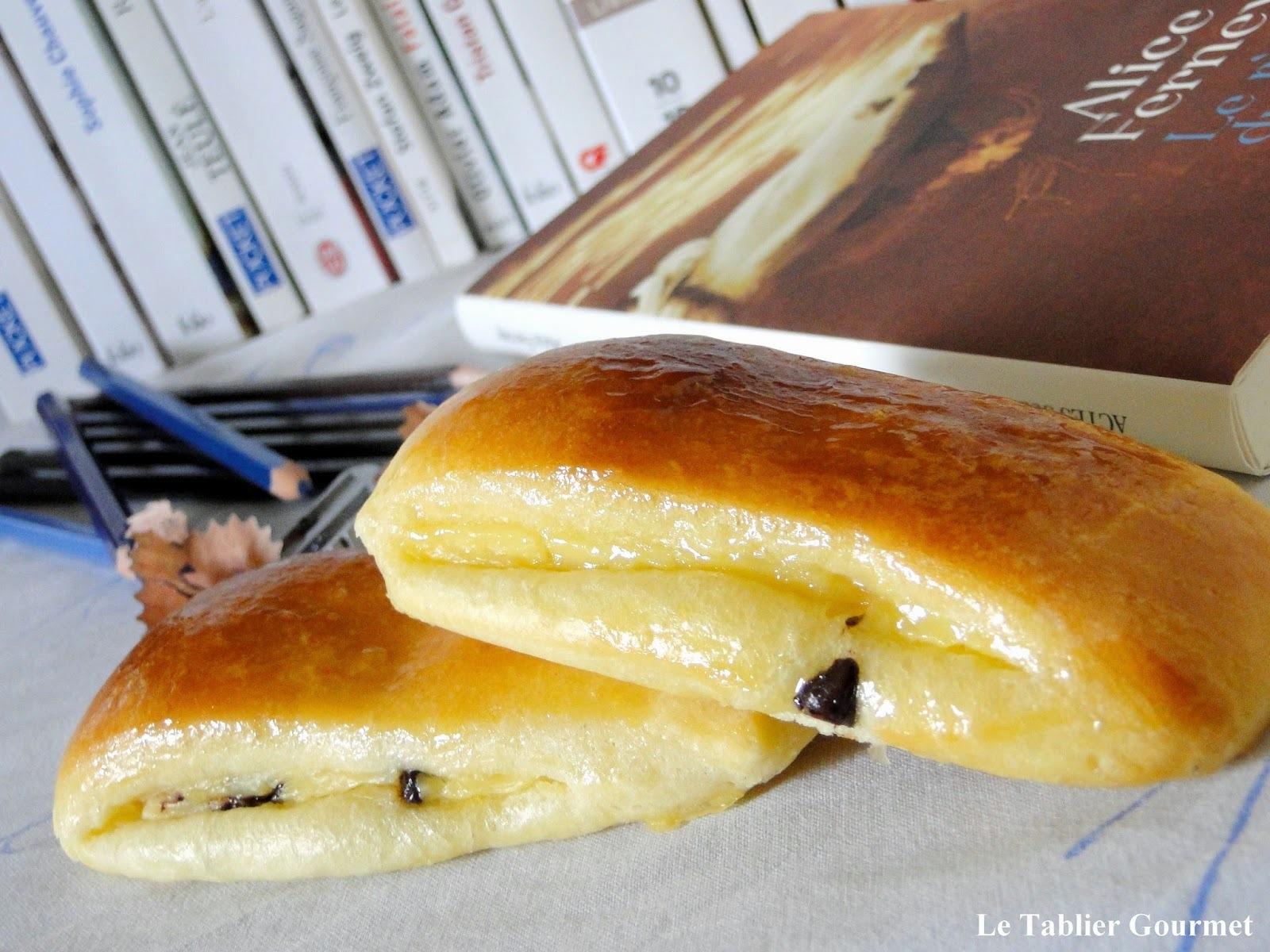Le goûter de mon enfance : le Suisse de Christophe Felder (brioche, crème pâtissière et pépites de chocolat)