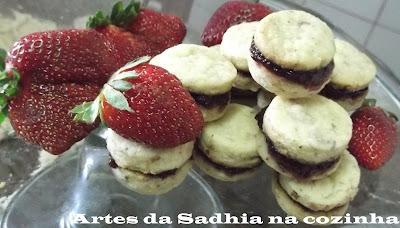 Biscoitos franceses com Geléia de frutas vermelhas organica da  Blessing Organicos