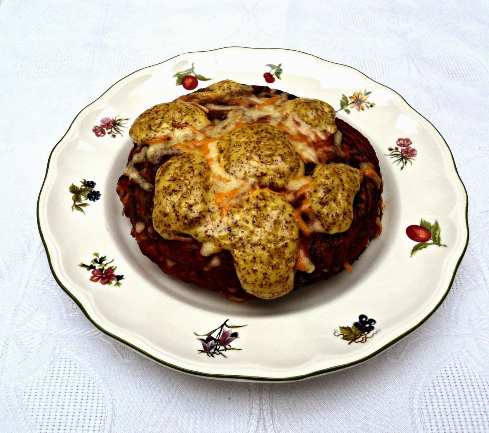 Pastel de tortillas de berenjenas a la mahonesa de mostaza
