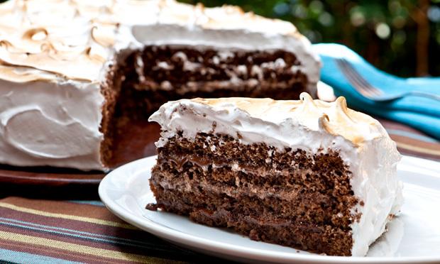 bolos confeitados com marshmallow
