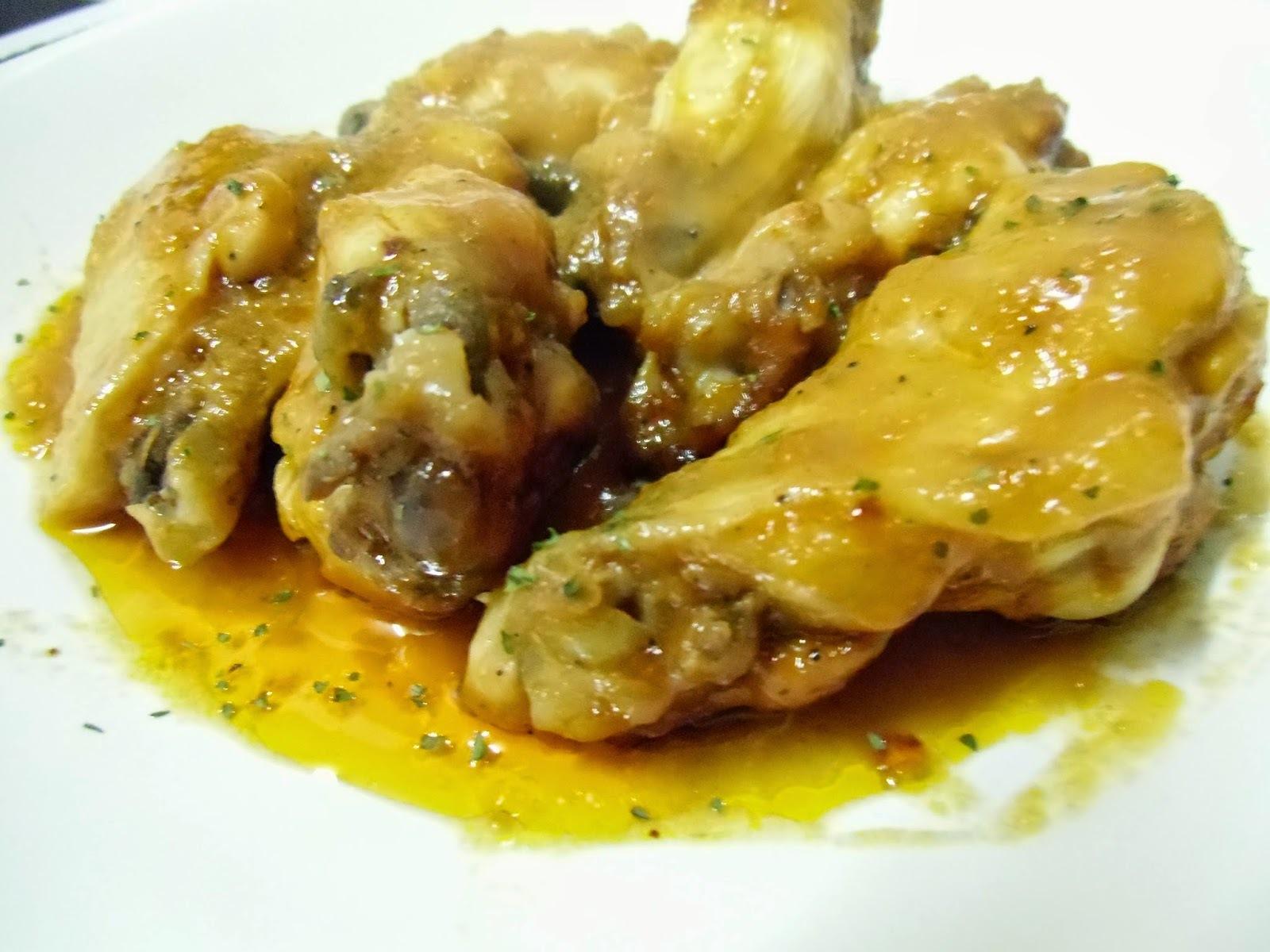 Alitas de pollo en salsa barbacoa