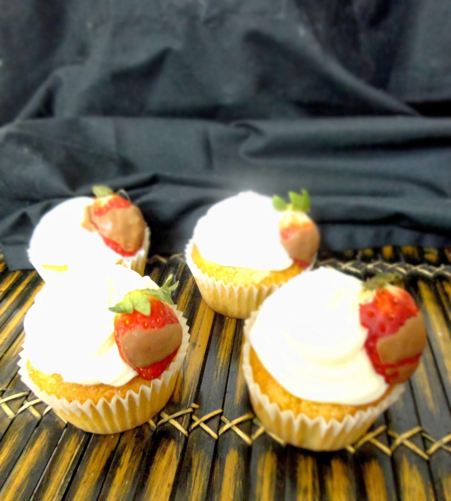 cupcakes rellenos de queso crema