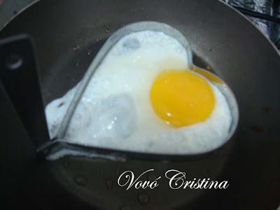 de entrada de frios e ovo de codorna