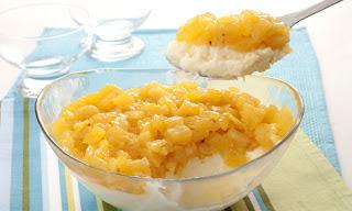 de sobremesa com abacaxi coco e leite condensado