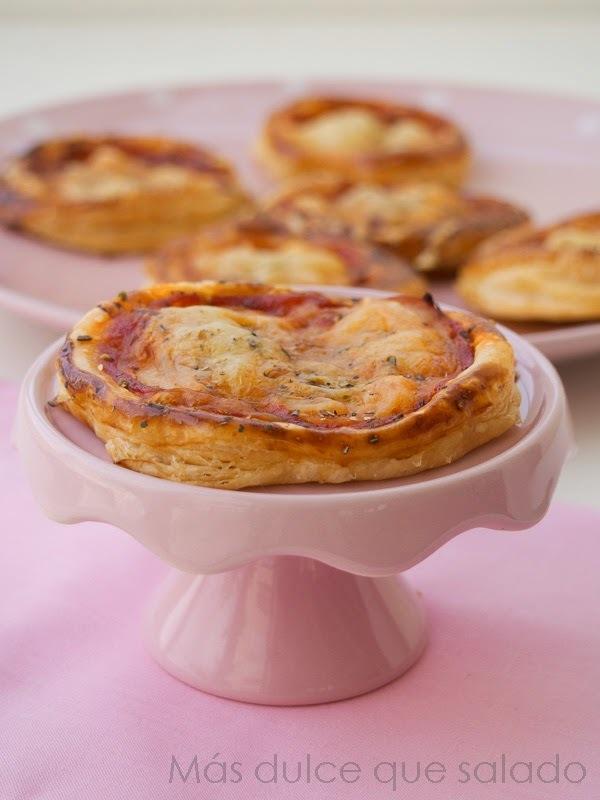 Mini Pizzas Hojaldradas