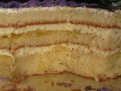 como fazer açucar e ovos e decorar o bolo com papel de arroz