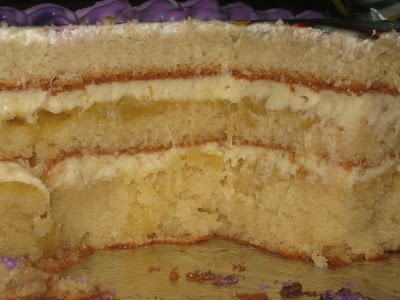 bolo de abacaxi cremoso de liquidificador