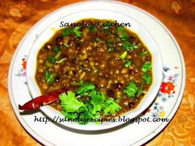 MAGHAMETHI (FENUGREEK FLAVOURED GREEN MOONG CURRY)
