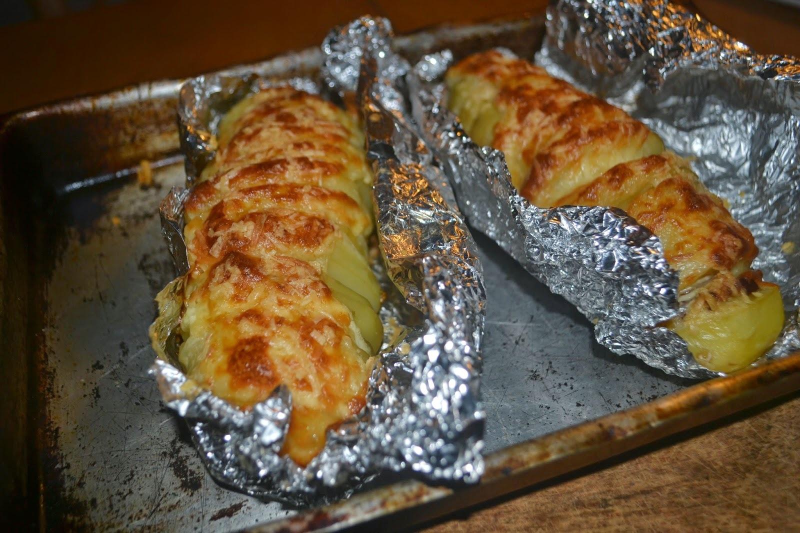 Batatas recheadas no forno