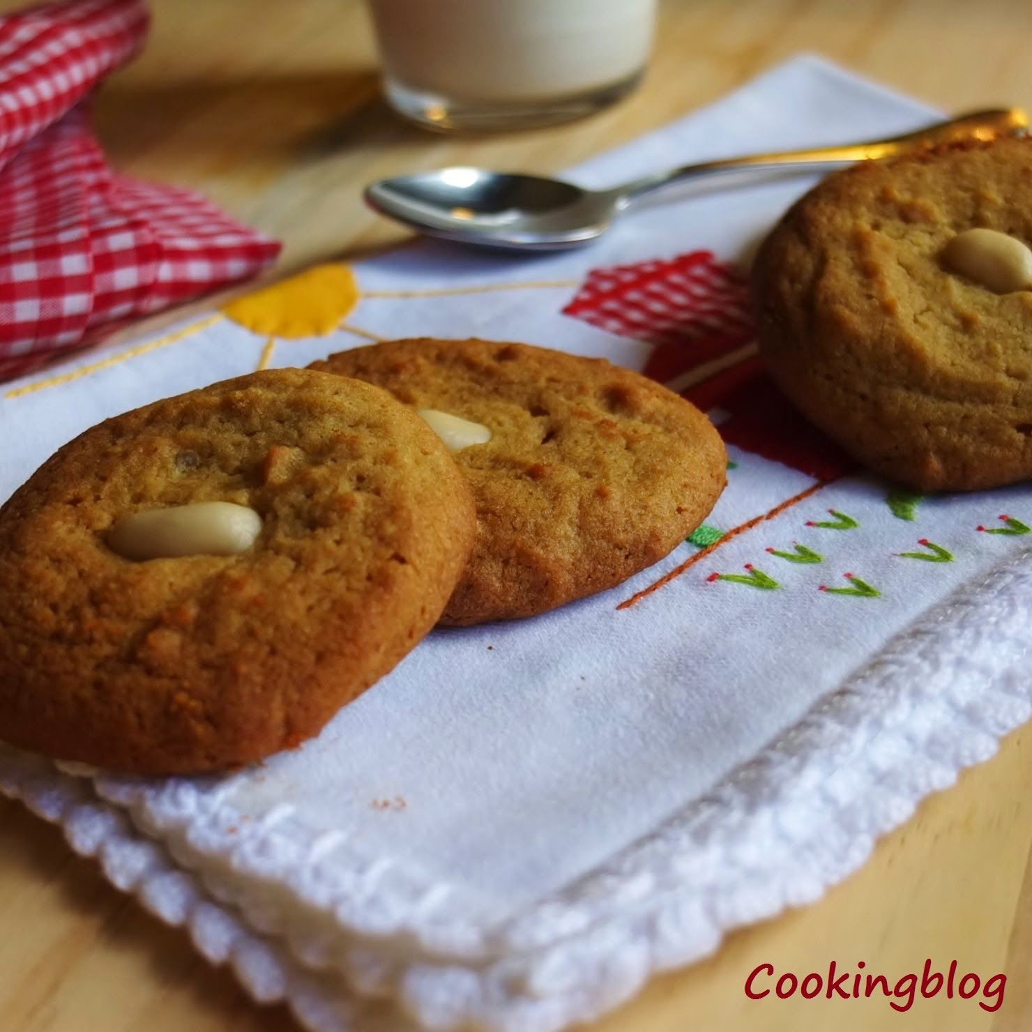 Biscoitos de quinoa e manteiga de amendoim | Quinoa and peanut butter cookies