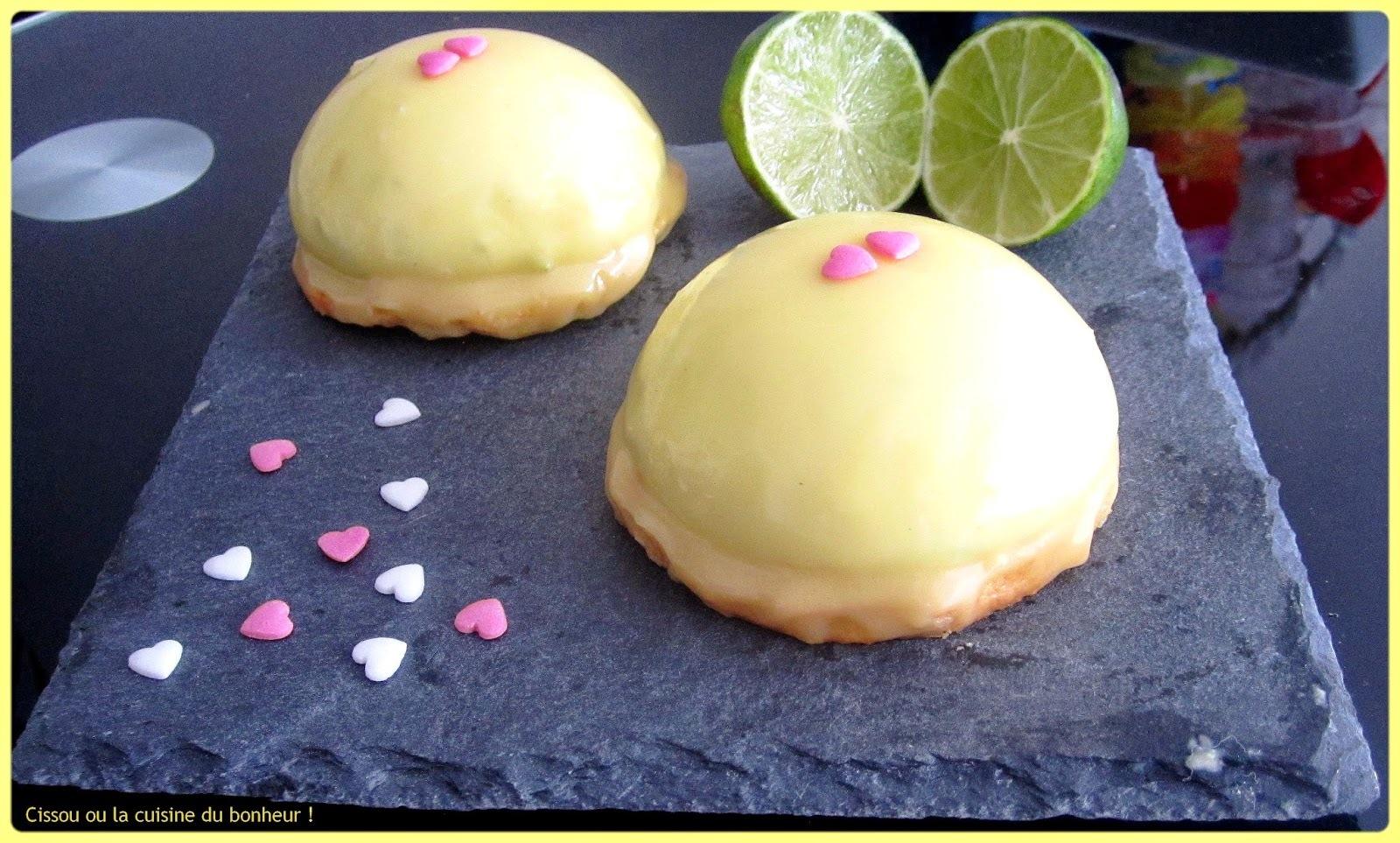 Dômes citron vert, chocolat blanc et cœur framboise
