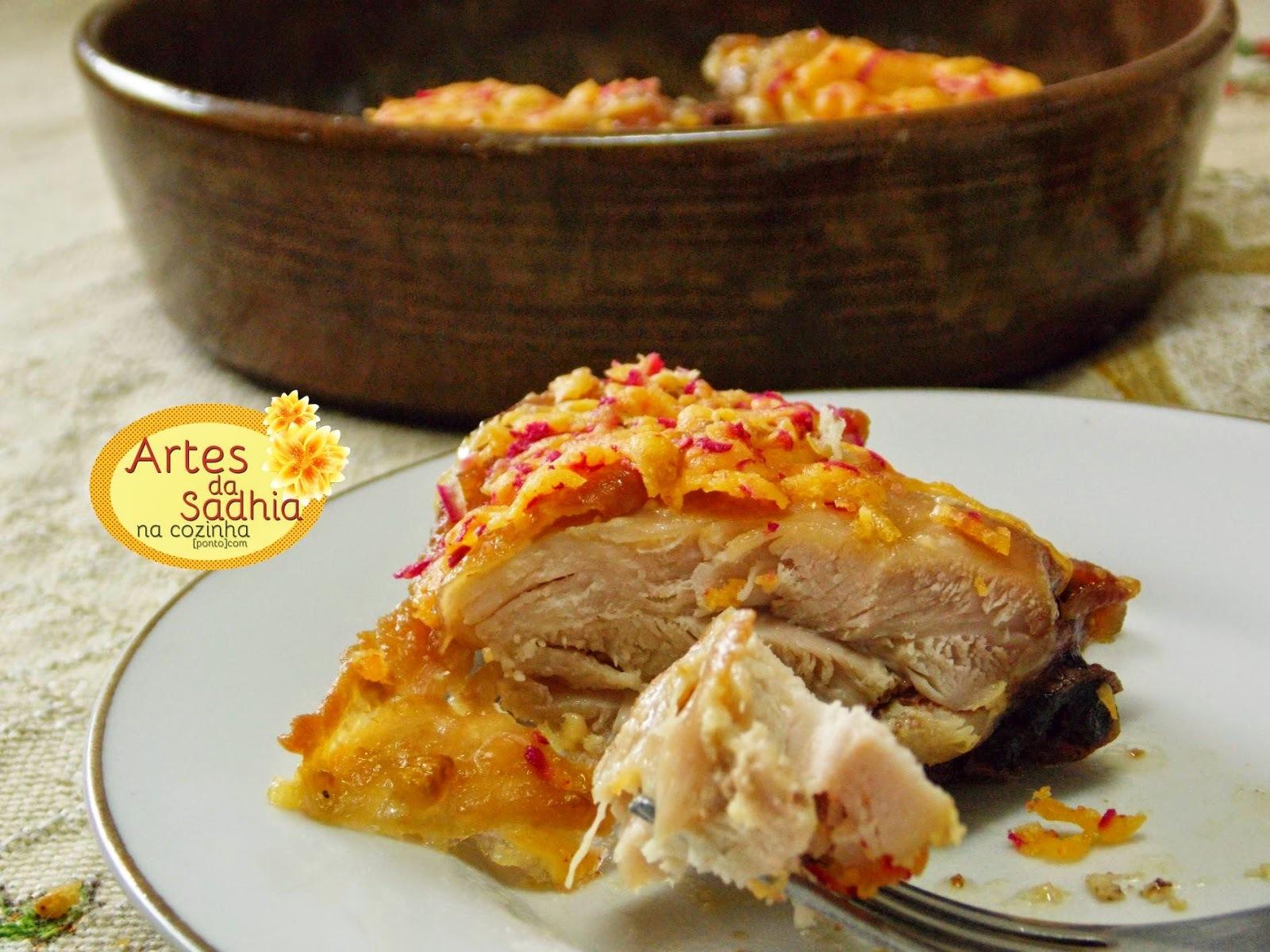 coxa e sobrecoxa de frango assado com queijo