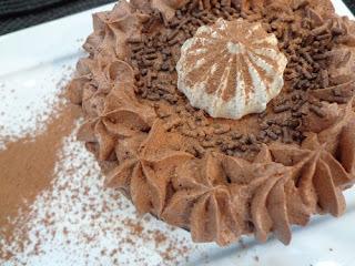 de mini torta de massa de pao de lo