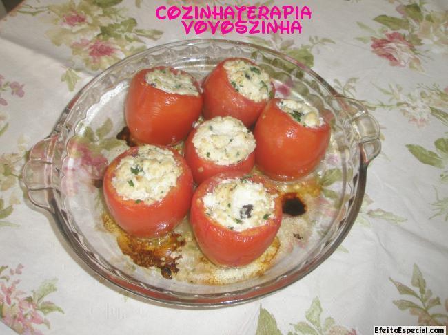 Tomates recheados com ricota