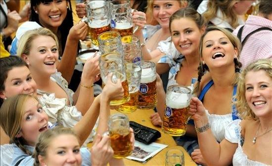 Tres fiestas proyecta organizar este año la Asociación Alemanes del Volga