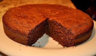 Bolo de carob (alfarroba) substituto de chocolate!
