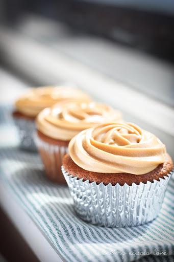 Sticky Date & Dulce de Leche Cupcakes with Homemade Dulce de Leche