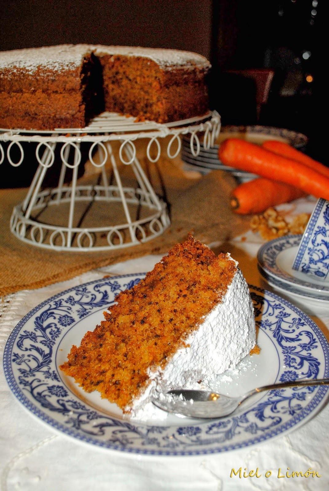 Carrot cake / Bizcocho de zanahoria