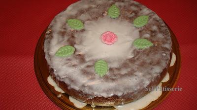 bolo de massa folhada com uva