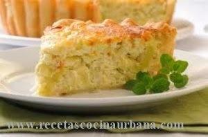 Tarta de puerros, queso y jamón, receta fácil