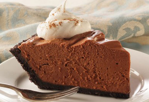 Πανεύκολη παγωμένη σοκολατόπιτα με μπισκότα oreo, σε 15 λεπτά!