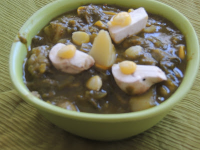 CORN, MUSHROOM AND POTATO IN SPINACH GRAVY