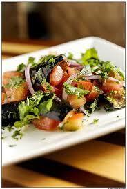 salada berinjela com ricota fria