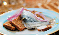 Sardinha Curtida com Pão
