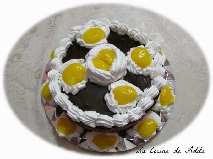 Tarta Ferrero Rocher, con esferificación inversa