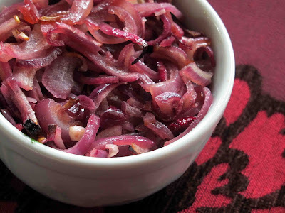 Roasted Figgy Red Onions
