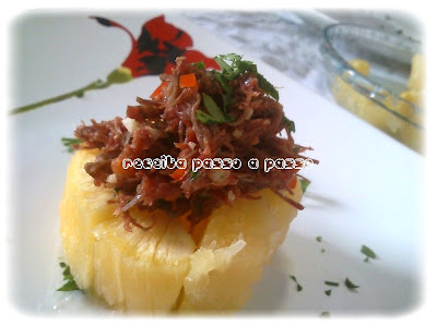 aparecidinho de carne seca appeared shredded jerk beef