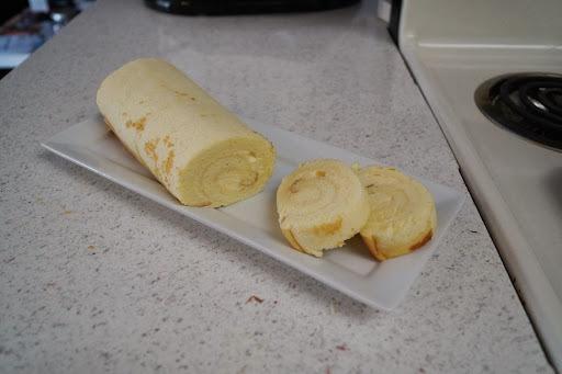 【熊&貓甜蜜屋】~~奶油乳酪草莓蛋糕捲 V.S. 檸檬卡士達捲
