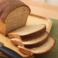pão de liquidificador em forma de bolo ingles