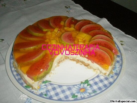Cheesecake de frutas tropicais