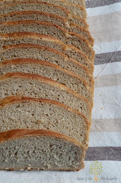 Pan de molde de centeno y matalahúva