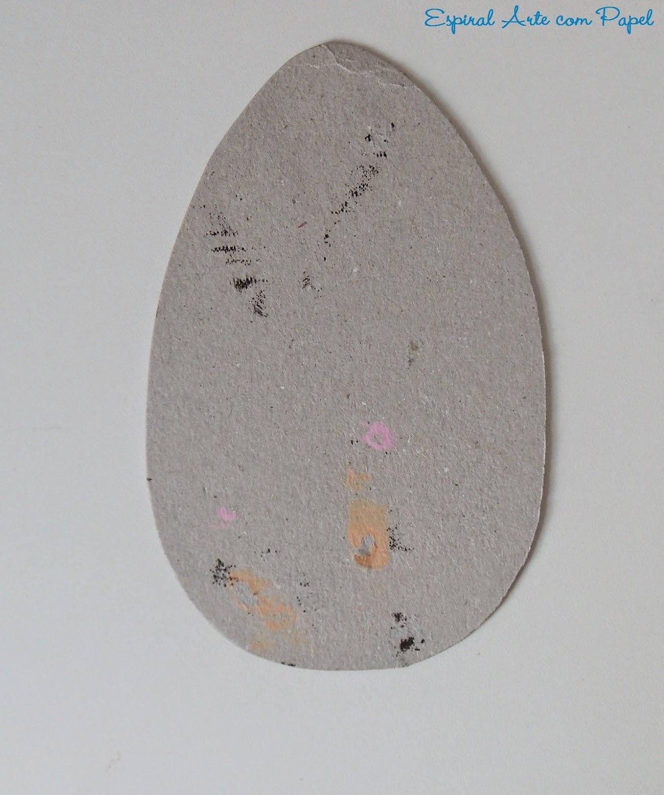 Lembranças de Páscoa com papel costurado
