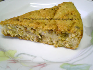 Torta Salgada com Sobras de Arroz (Enriquecida com aveia)
