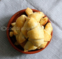 Mini Croissants Foie Gras / Confit d'Oignons