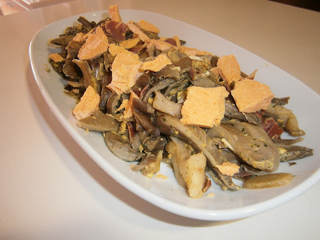 Revuelto de setas con queso (Afuega´l Pitu Colorao)