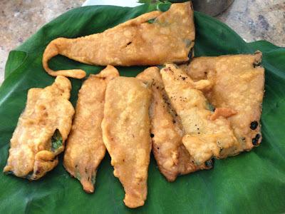 Taro Leaf Fritters /Arbi Pathe Bajjis