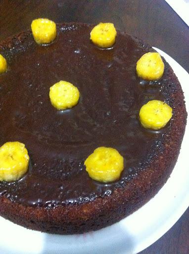 bolo de chocolate com farinha de trigo integral adoçante