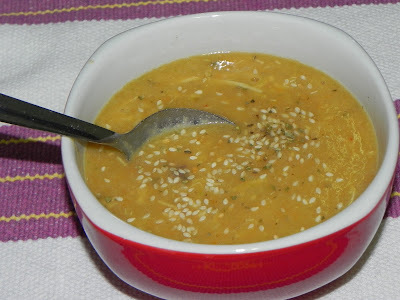 Caldo de Feijão Branco com Legumes e Frango