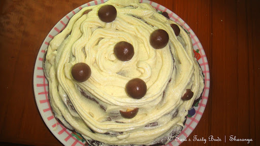 Chocolate Sponge Cake with Butter Icing – Eggless