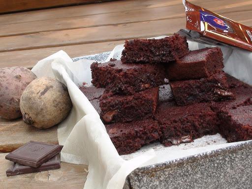 """Céklás brownie avagy a """"bűnözés"""" light-osabb verziója"""