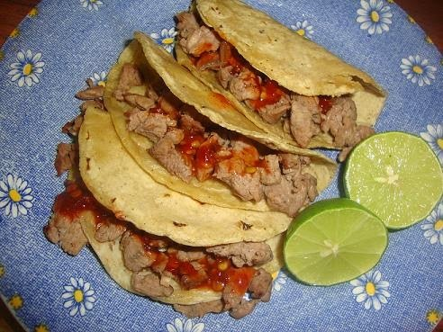 Tacos de Bistec de Carrito